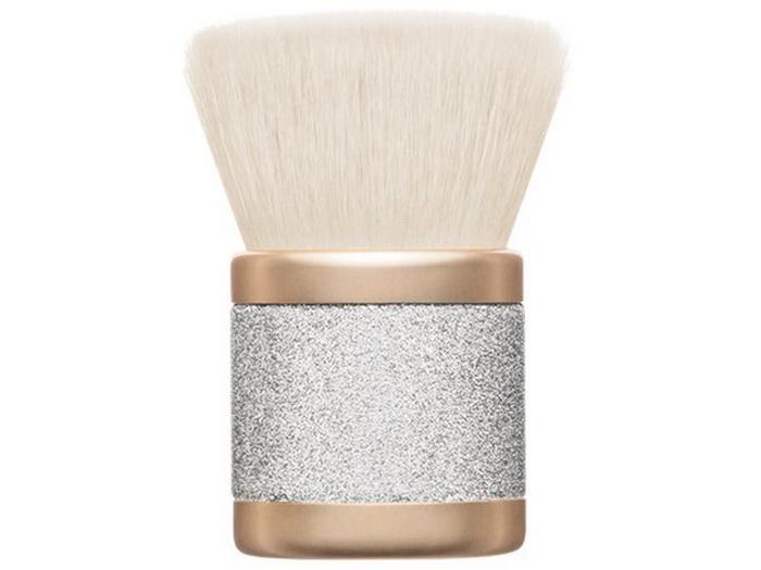 mac-mariah-carey-holiday-2016-2017-makeup-collection-kabuki-brush