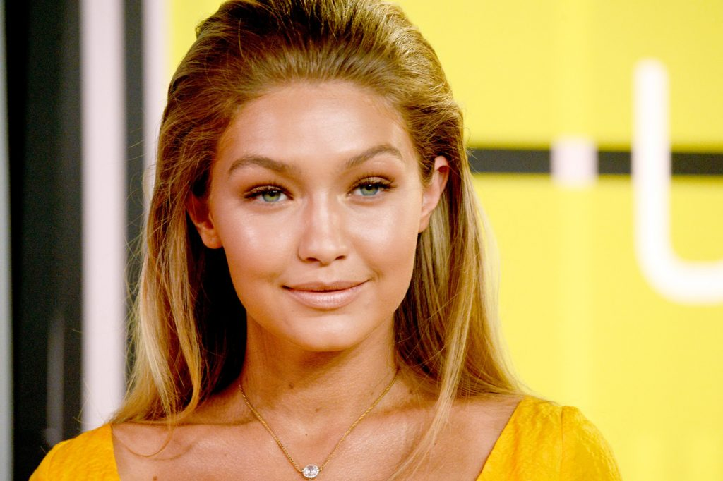 LOS ANGELES, CA - AUGUST 30: Model Gigi Hadid attends the 2015 MTV Video Music Awards at Microsoft Theater on August 30, 2015 in Los Angeles, California. (Photo by Frazer Harrison / Getty Images)