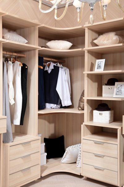 small-dressing-rooms-999