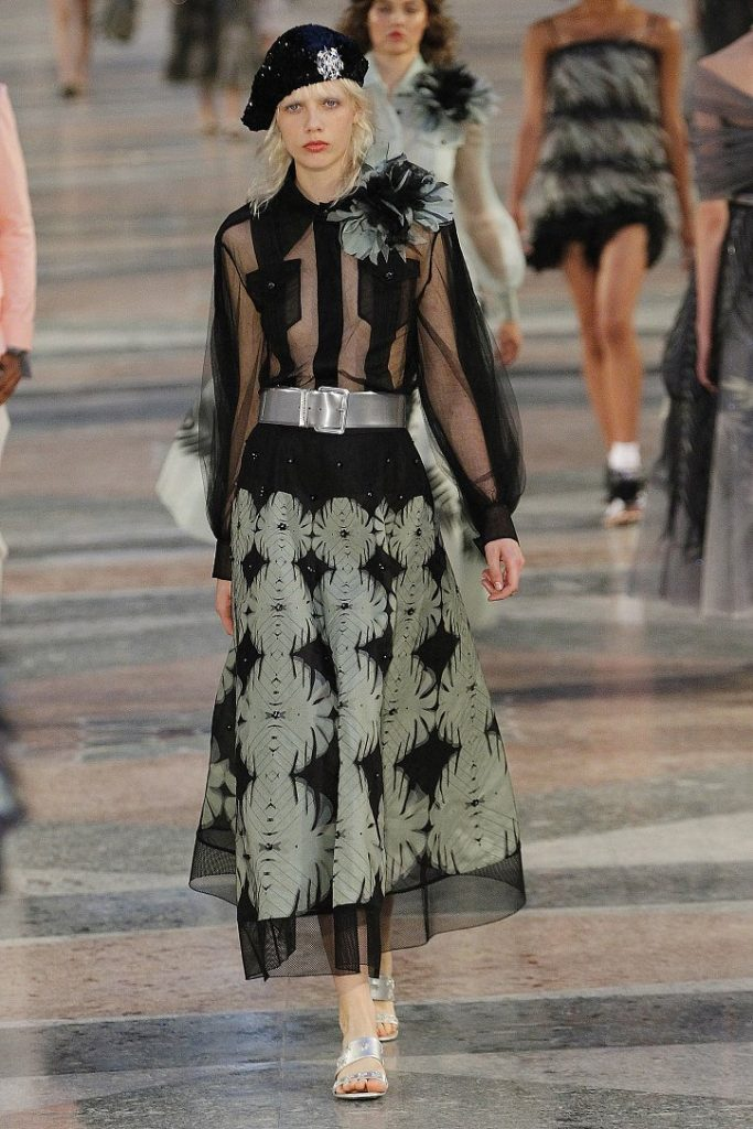Chanel-resort-2017-11