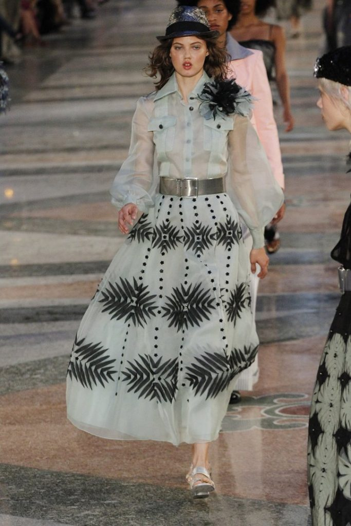 Chanel-resort-2017-15