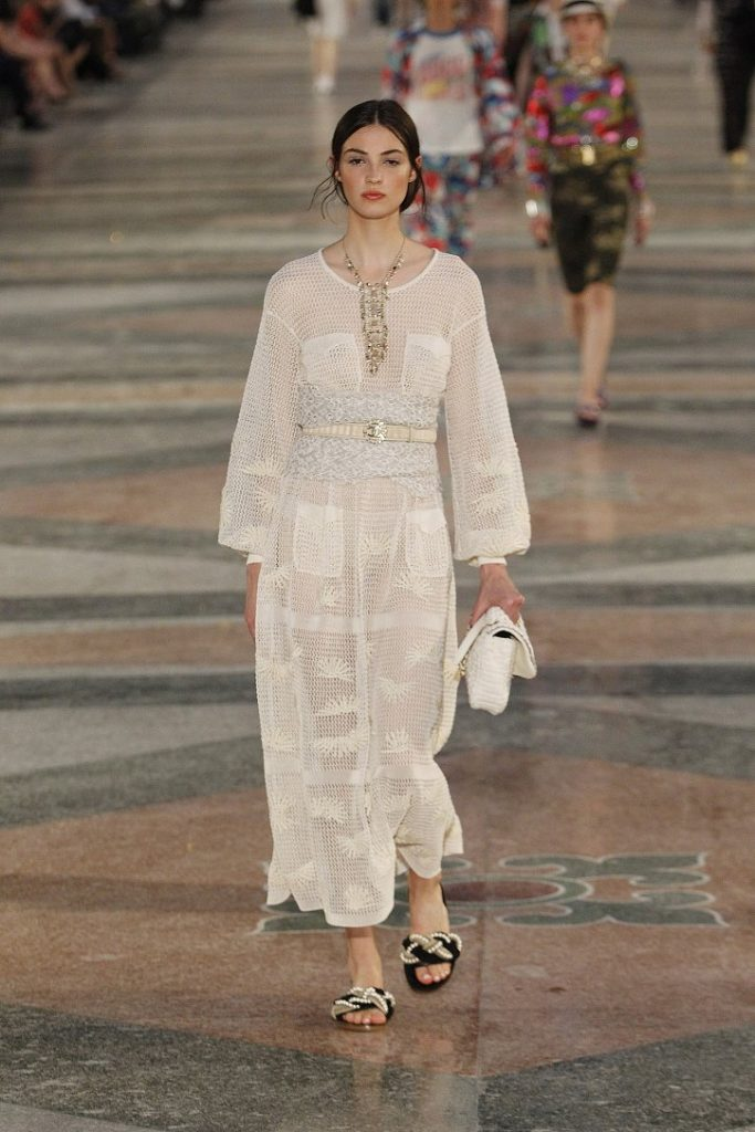 Chanel-resort-2017-56