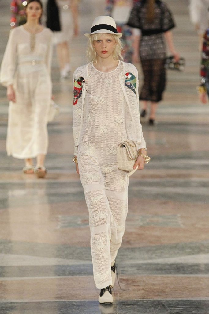 Chanel-resort-2017-57