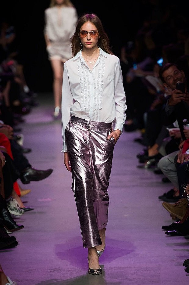Fashion -Trends -Spring - Summer- 2017-Clothing- with -metallic- effect-29