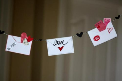 valentines-day-decorations-love-letter-banner-555