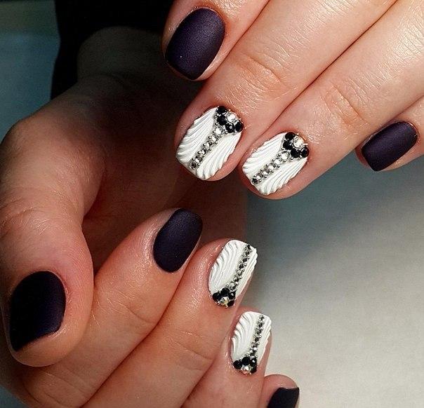 черно-бели нокти-3