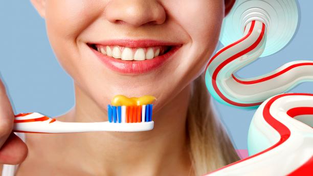 teeth_toothpaste555
