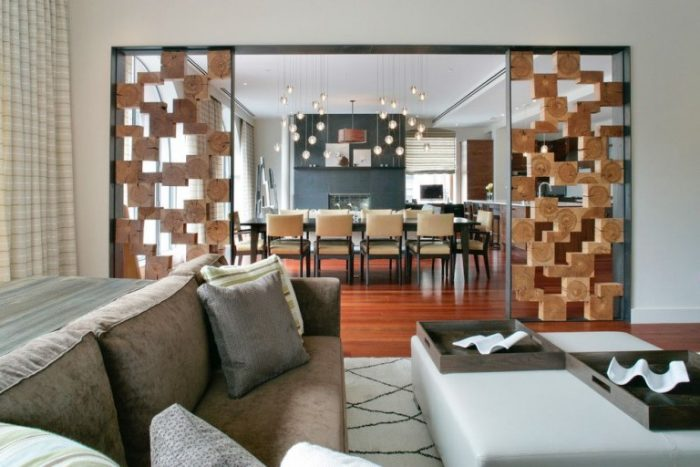 Wood- in -the- interior- of- the -apartment-15-555