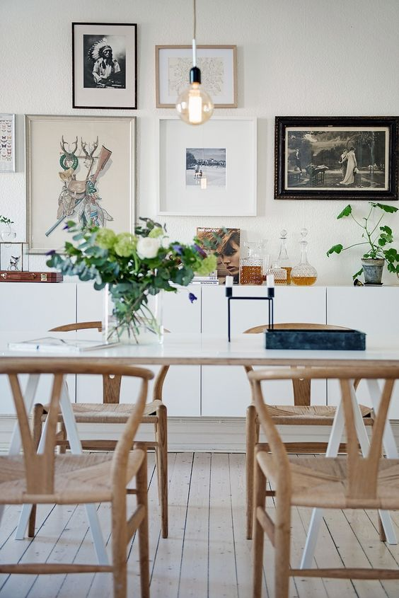 Apartment-interior- and- horoscope-19