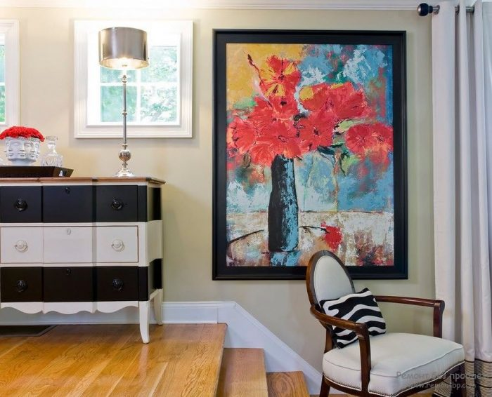 Paintings- in- the- interior- of- the- house-555-19