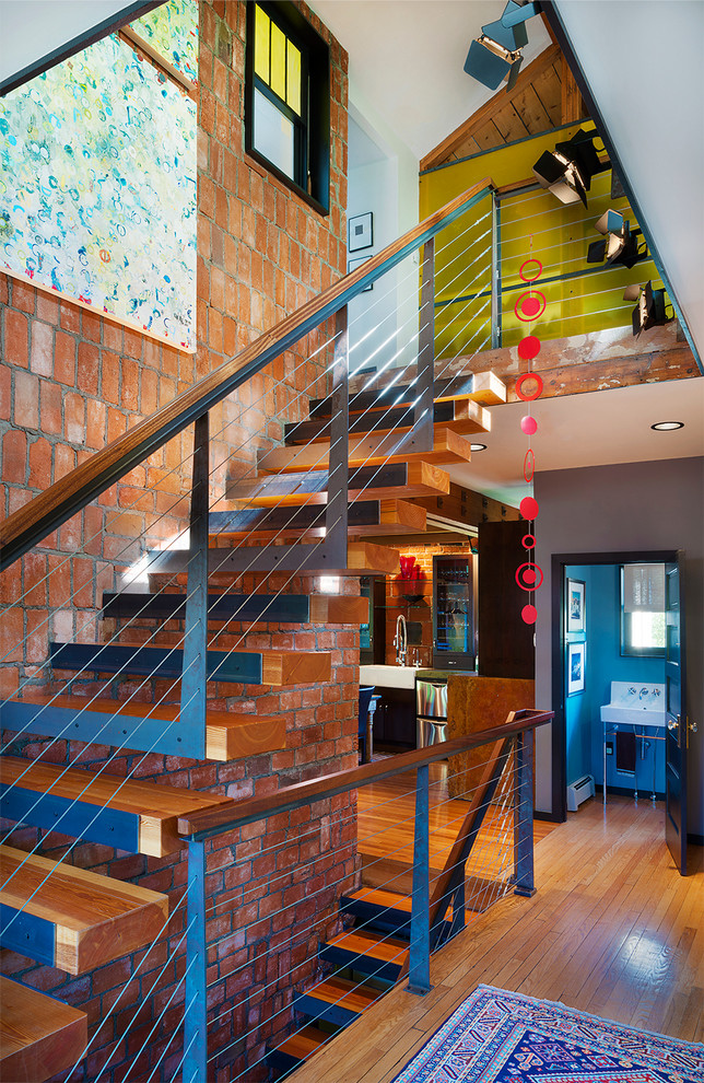 Staircase- in- the- interior -of- the -house-4