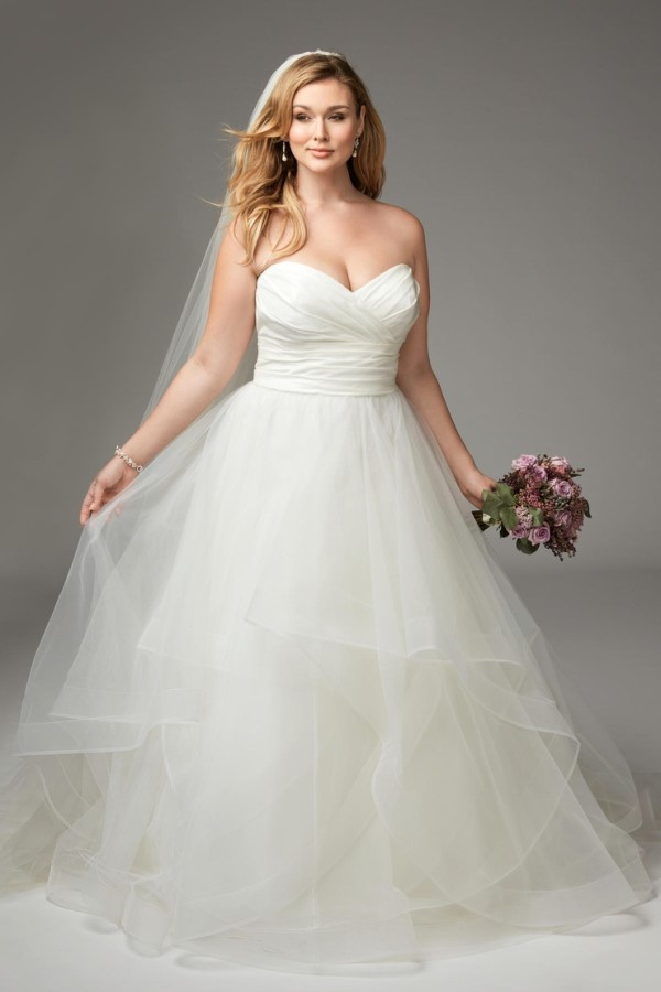 Plus-Size-Long-Dresses-Collection-for-Wedding-222