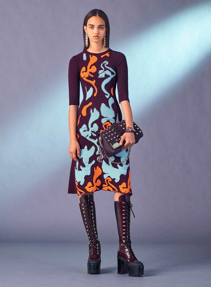 Versace пред есента 2017 г. снимка №10