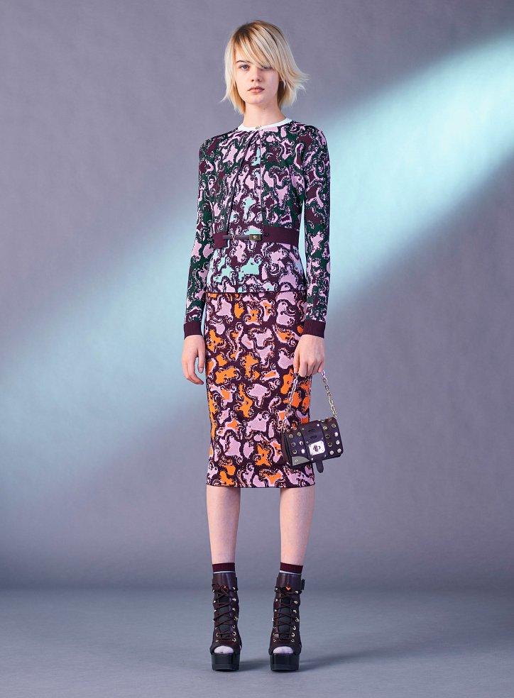 Снимка № 11 на Versace преди есента на 2017 г.
