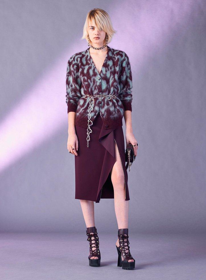 Versace пред есента 2017 г. снимка №17