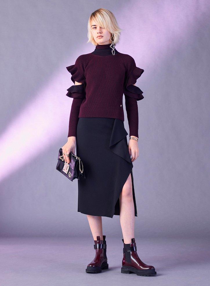 Versace пред есента 2017 г. снимка №19
