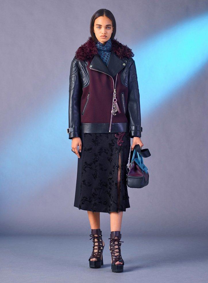 Versace пред есента 2017 г. снимка №27