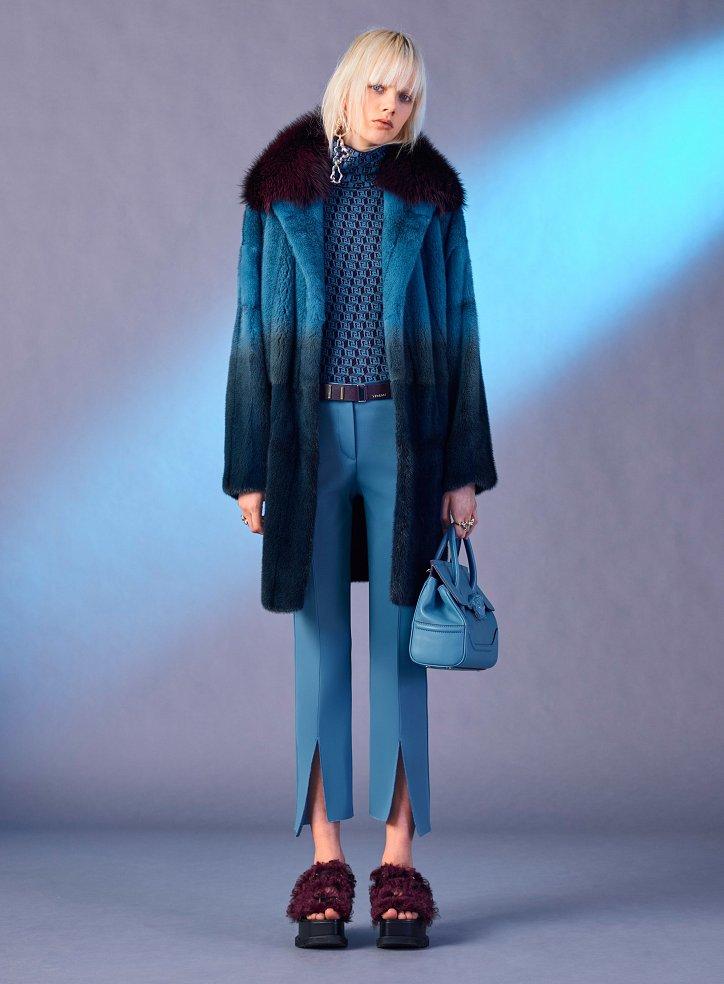 Versace пред есента 2017 г. снимка №29