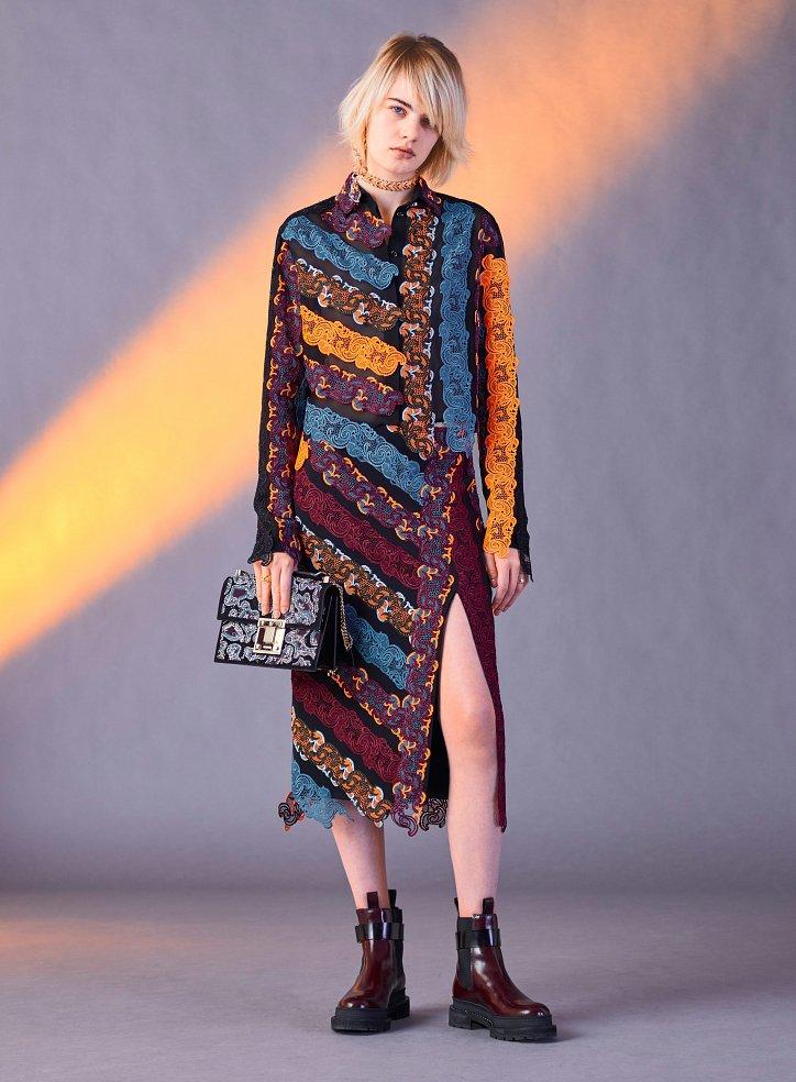 Versace пред есента 2017 г. снимка №34