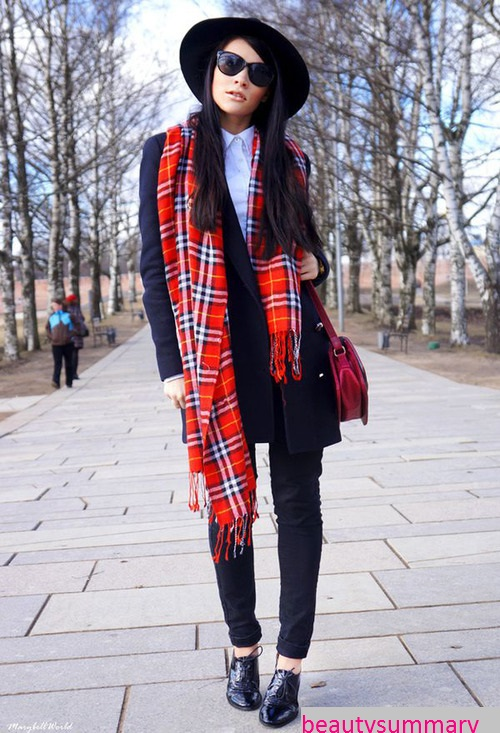 Long- scarf - fashion- trend- o the-season-2017-2018-666-24