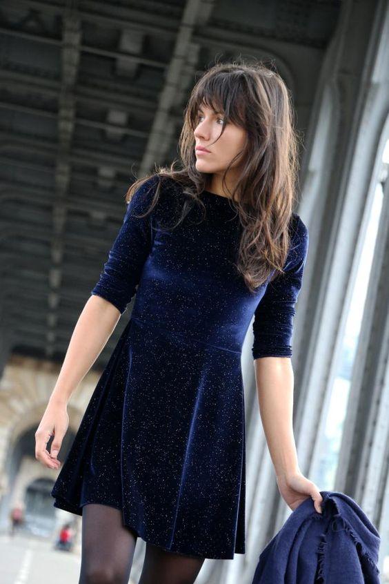 Velvet- dress- is- a-chic- look-42