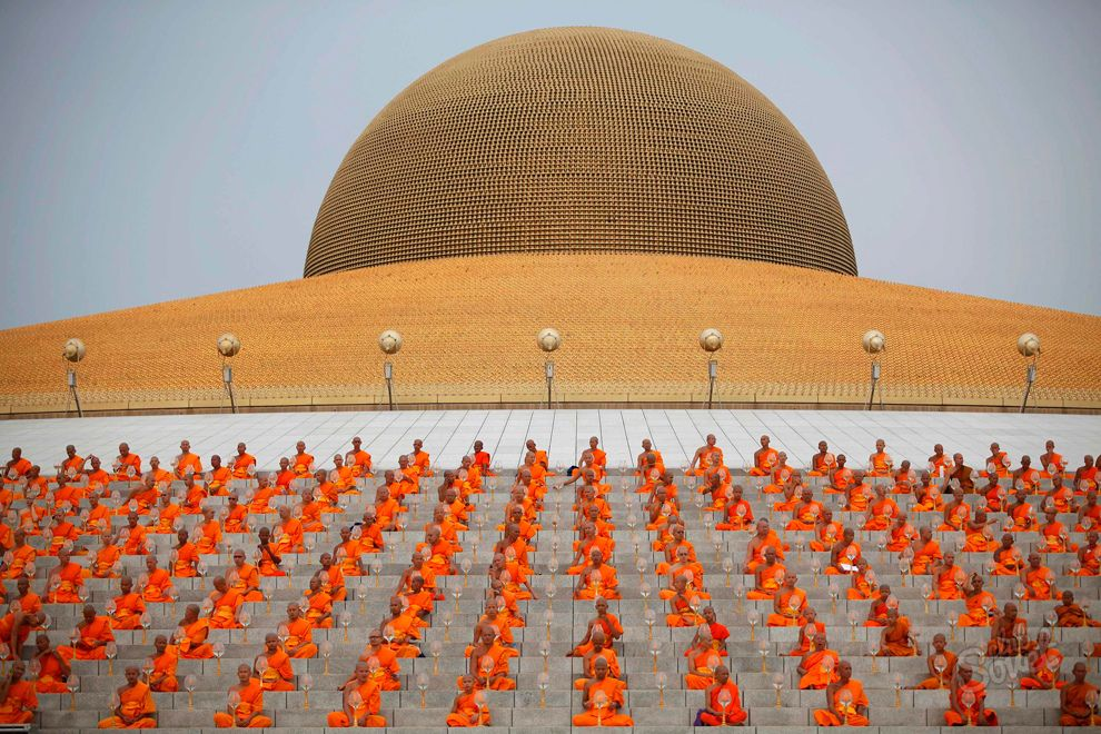 Holiday Day of the Enlightenment of Buddha-4