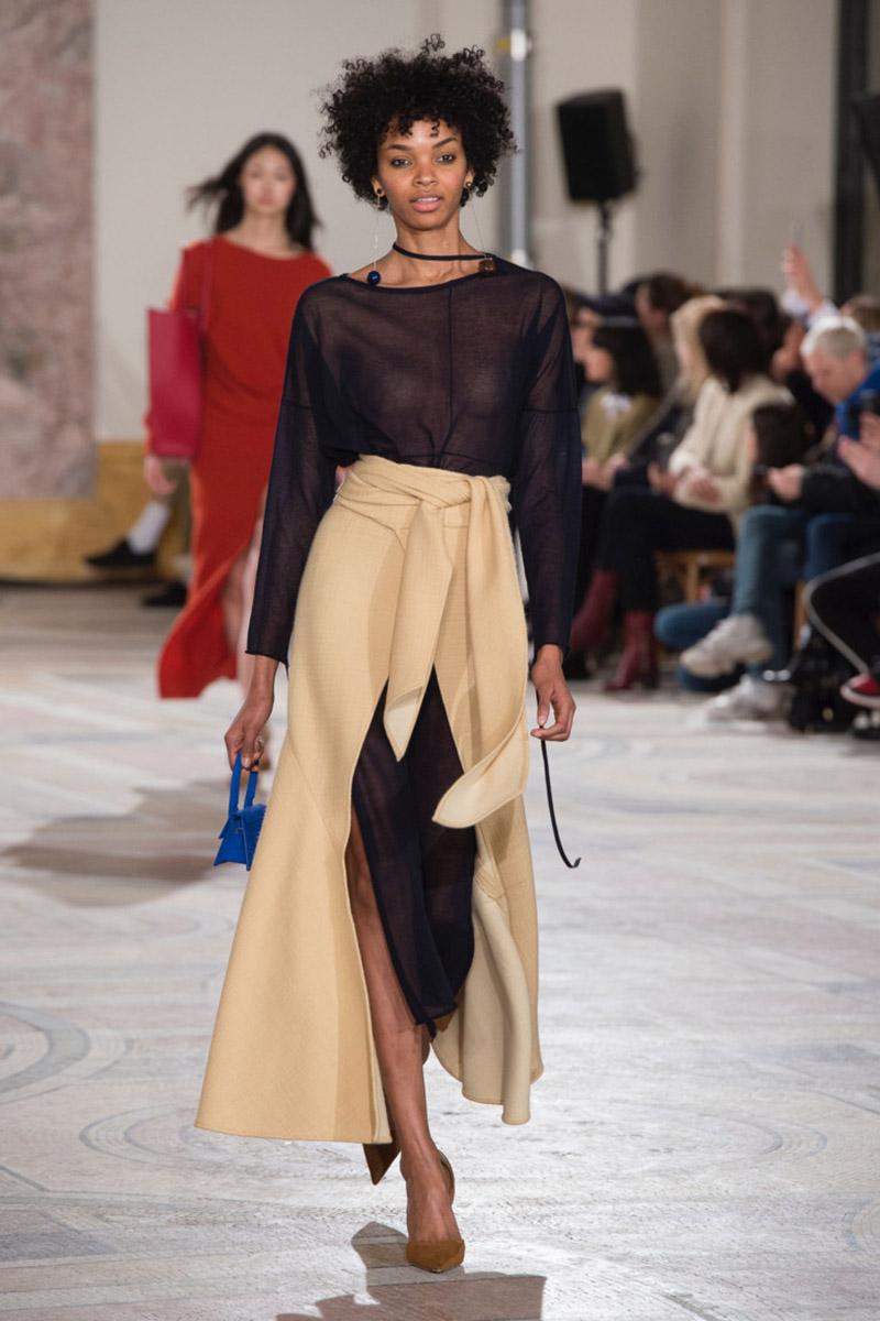 Fashionable- skirts- Autumn-Winter- 2018-2019- year - fashionable- style-10-