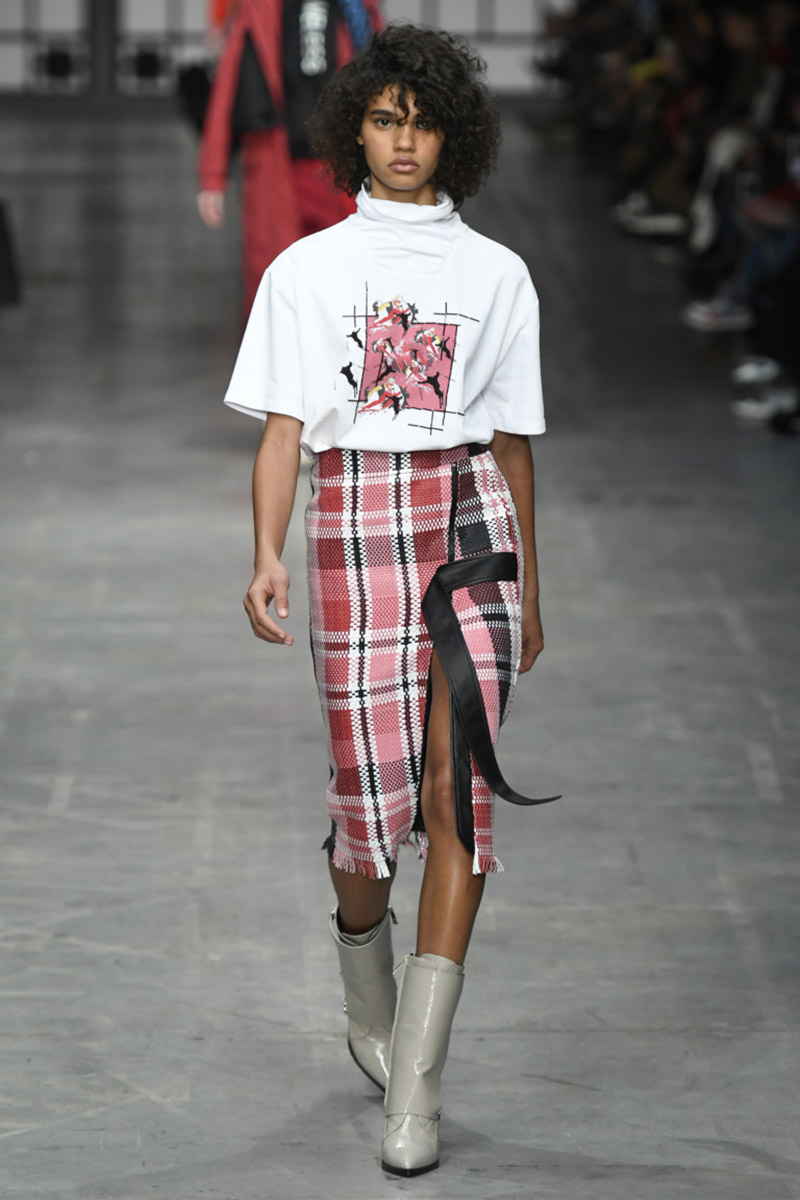 Fashionable- skirts- Autumn-Winter- 2018-2019- year - fashionable- style-15-