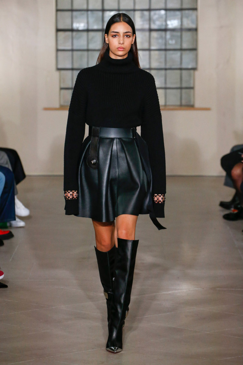 Fashionable- skirts- Autumn-Winter- 2018-2019- year - fashionable- style-20-