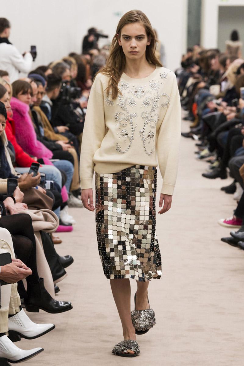 Fashionable- skirts- Autumn-Winter- 2018-2019- year - fashionable- style-25-