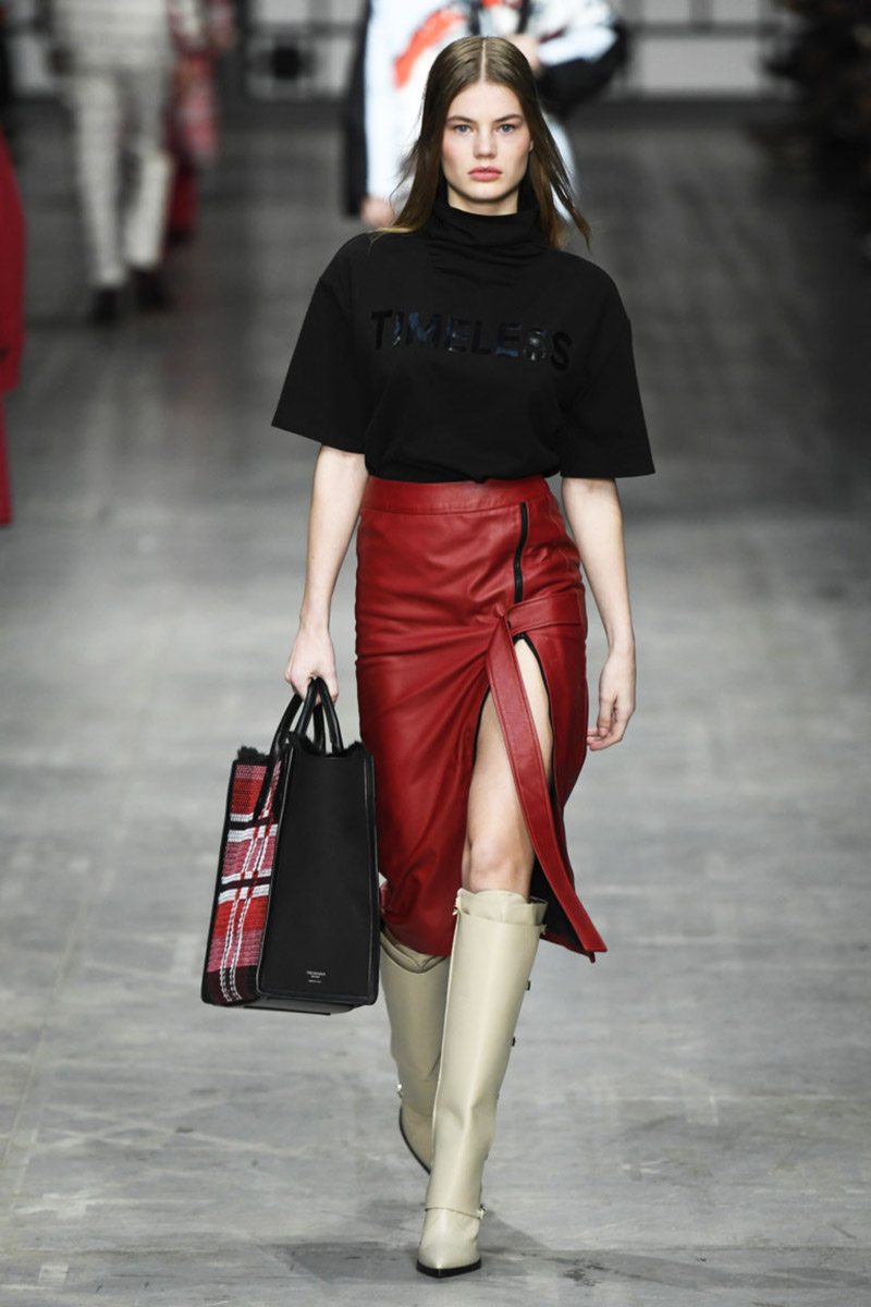 Fashionable- skirts- Autumn-Winter- 2018-2019- year - fashionable- style-41-