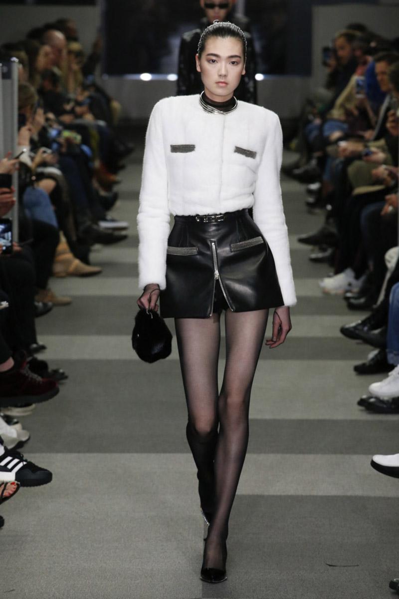 Fashionable- skirts- Autumn-Winter- 2018-2019- year - fashionable- style-49-