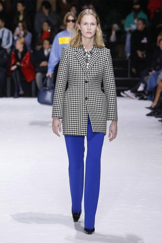 Модни_ панталони_пад_зимо_ 2019_баленсиага