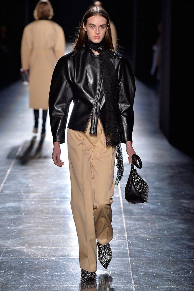 Fashion_ trousers_ fall_winter_ 2019_christopher_kane