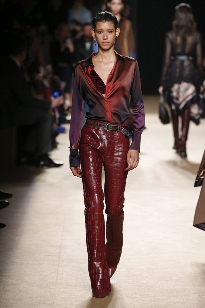 Fashion_ trousers_ fall_winter_ 2019_roberto_cavalli