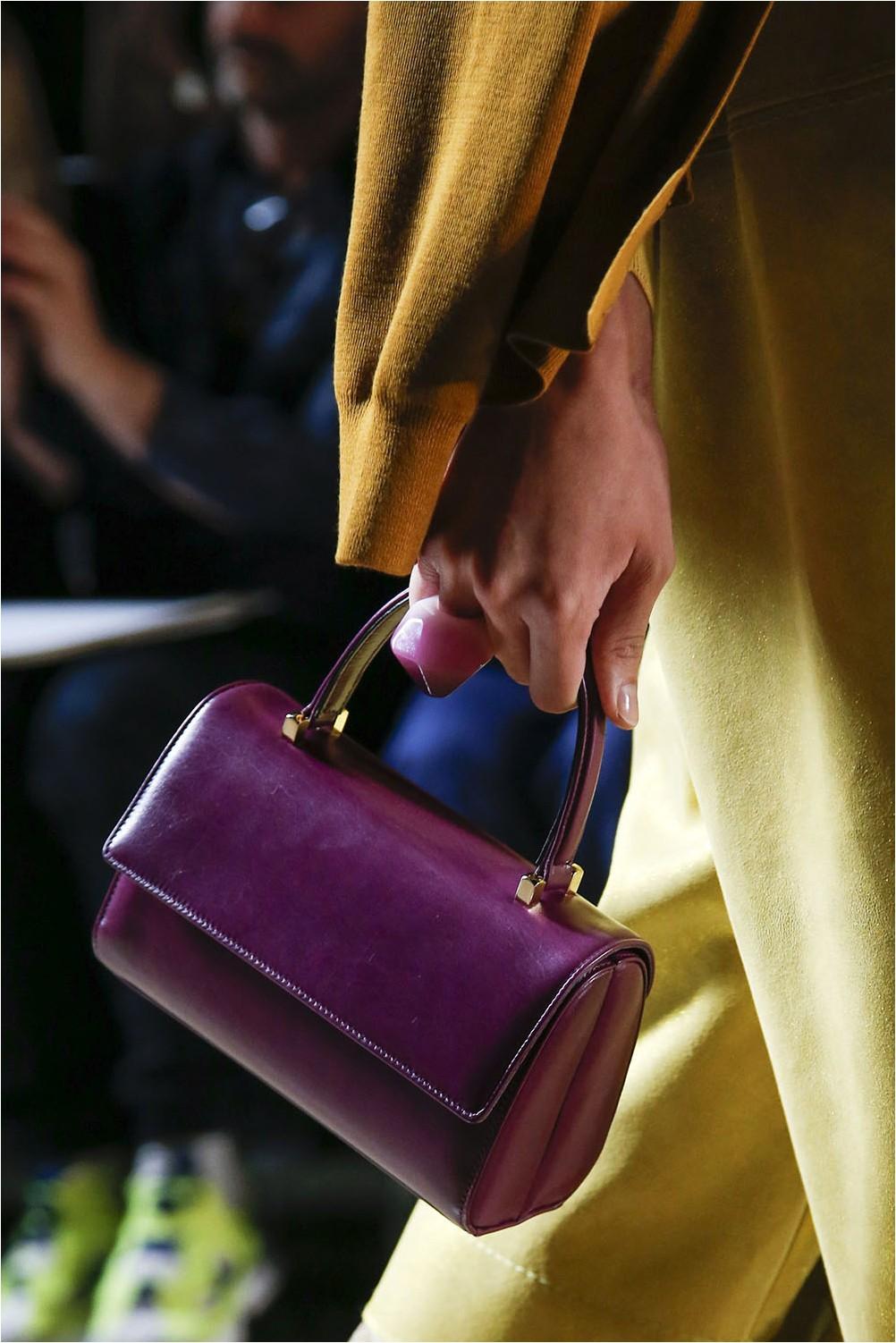 Handheld Marc Jacobs Bag