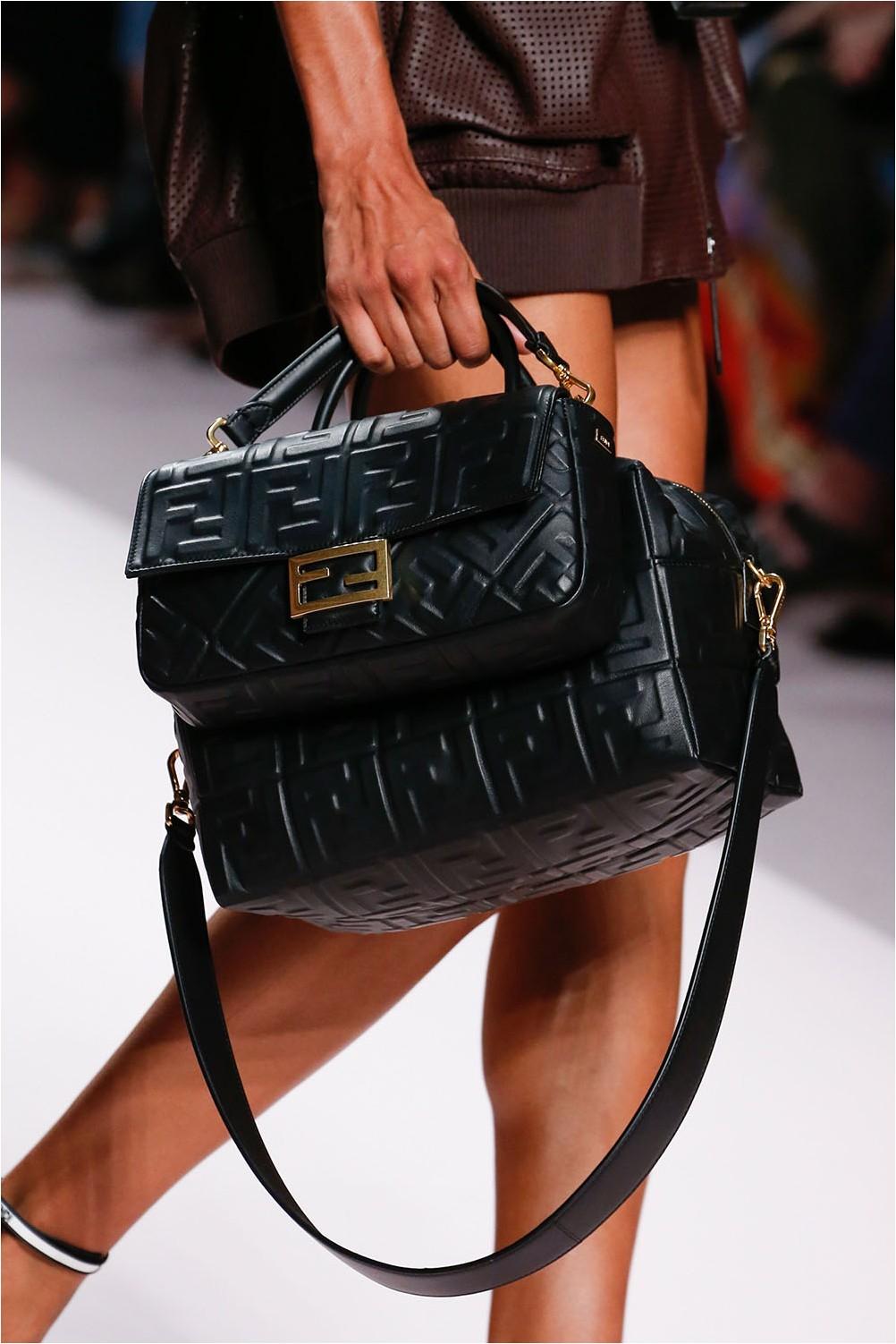Комплект чанти Fendi