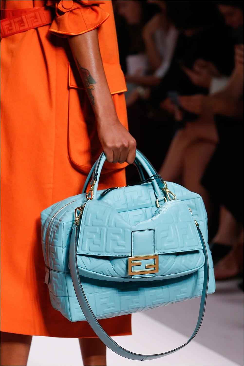 Чанта за лого Fendi