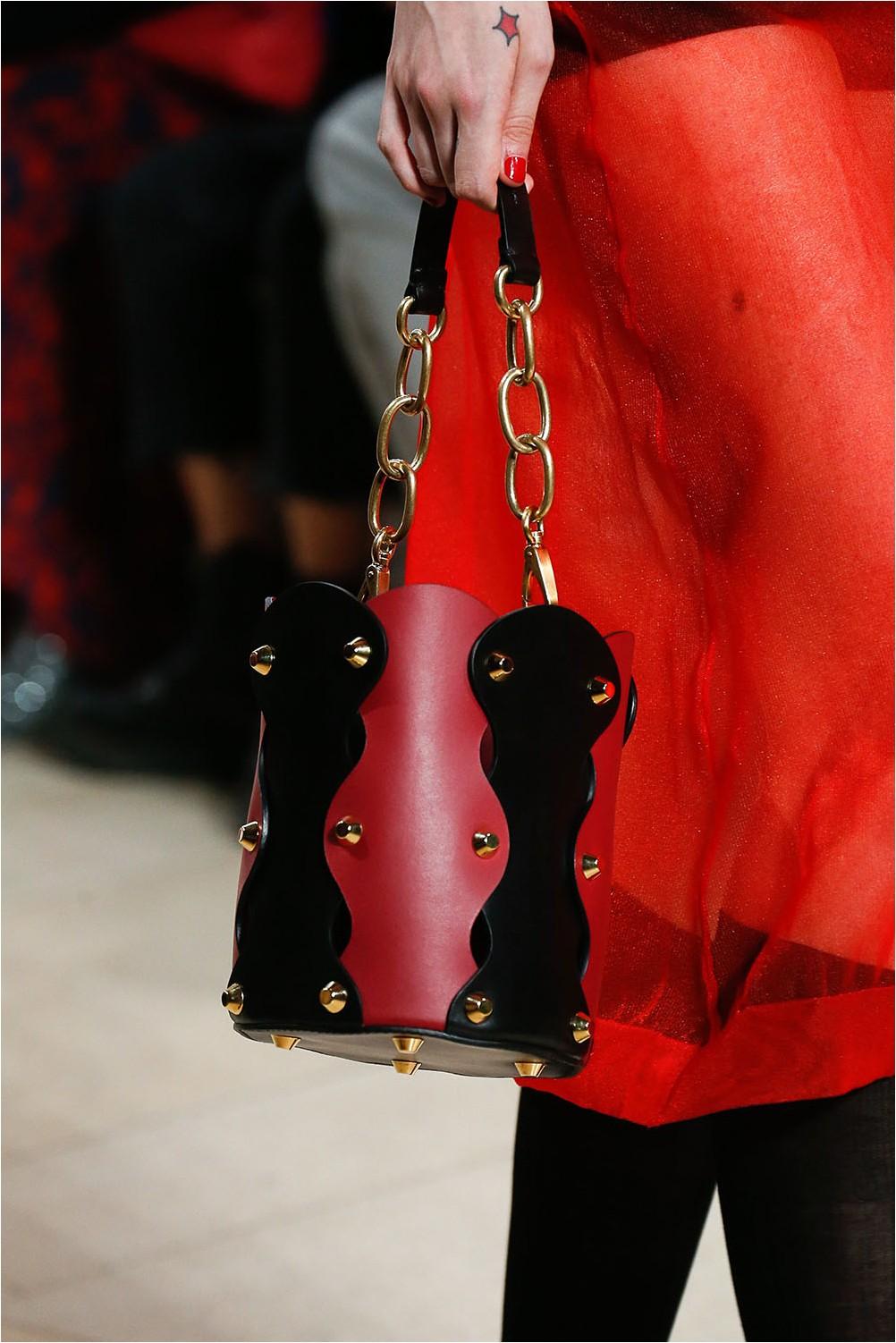 Bag keg Miu Miu