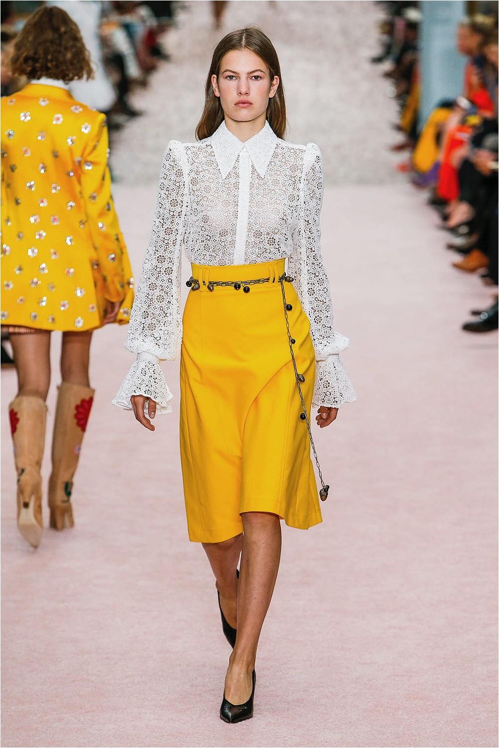 Yellow skirt Carolina Herrera