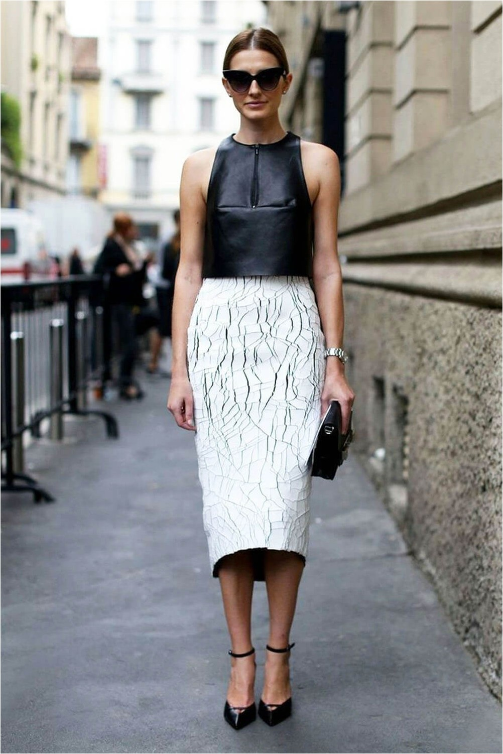 Pencil skirt with shoes