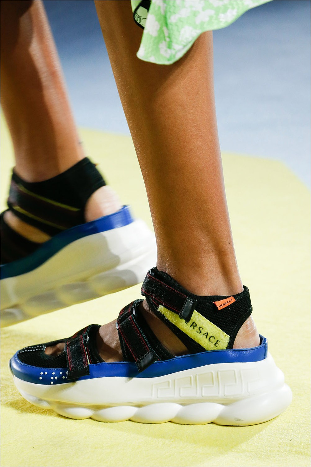 Sports shoes Versace