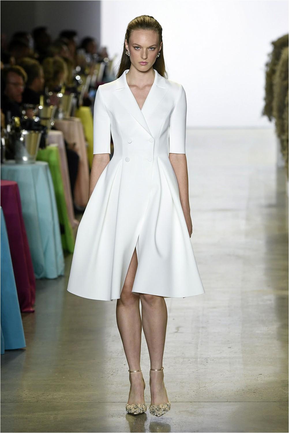 Бяла рокля Badgley Mischka