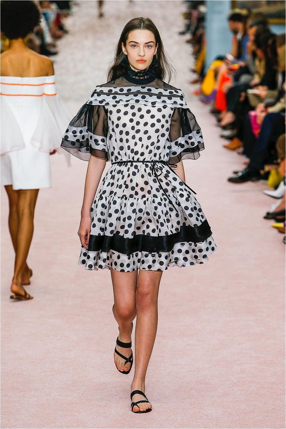 Pea Dresses Carolina Herrera