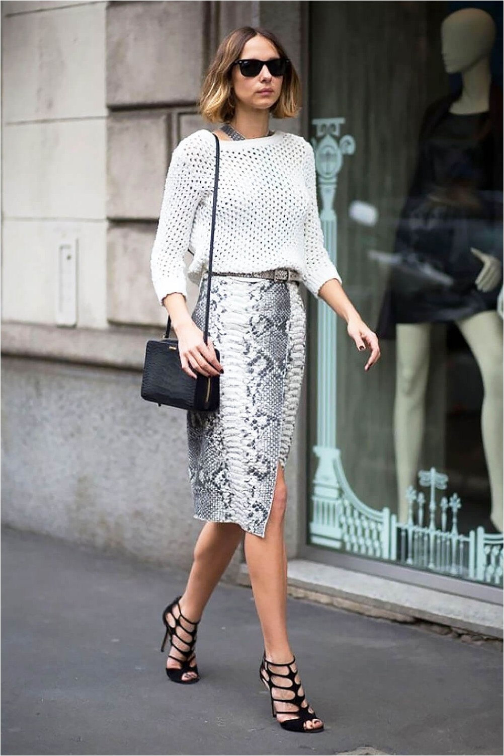 Pencil skirt with sandals