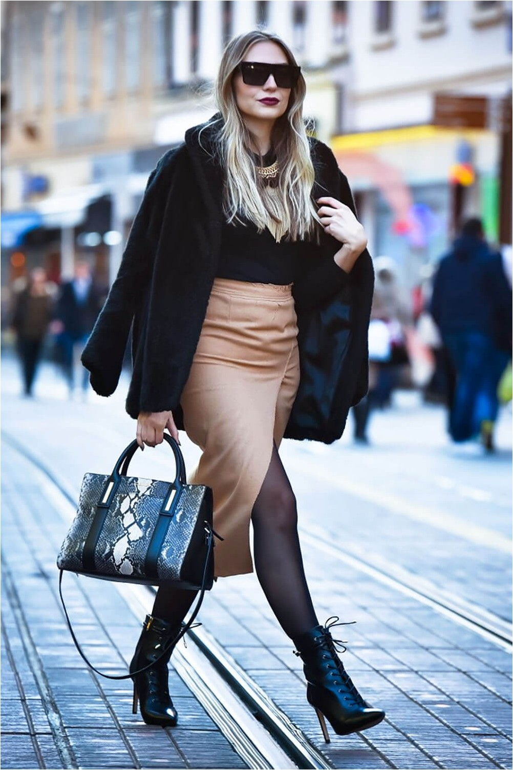 Pencil skirt with ankle boots