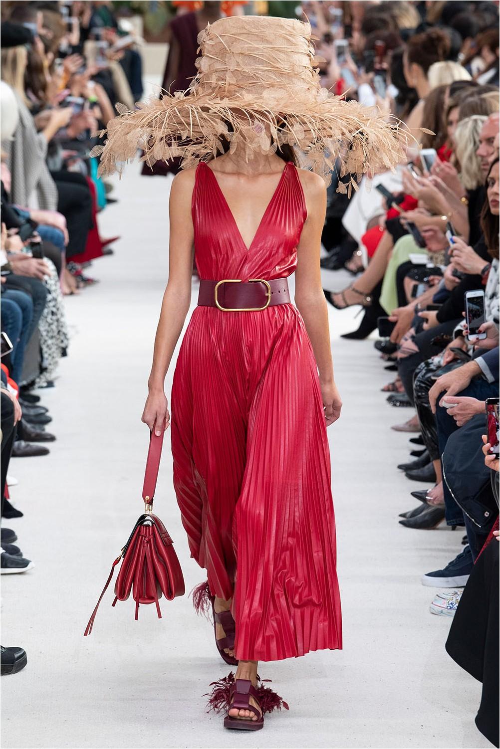 Плисирана рокля Valentino