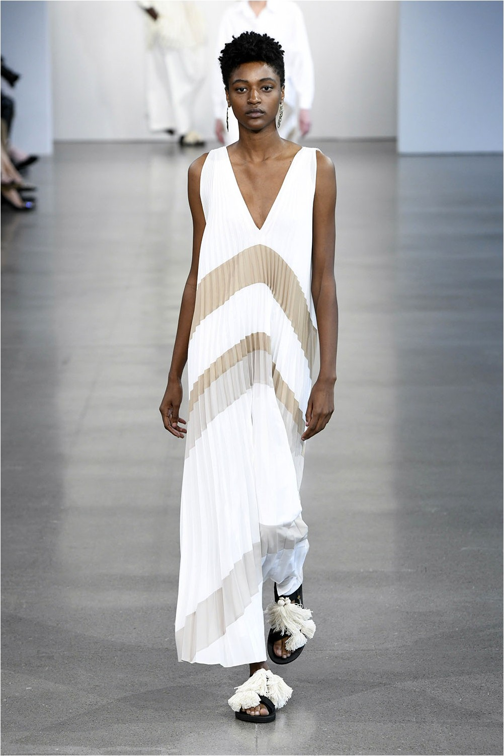 Pleated Dress Tome
