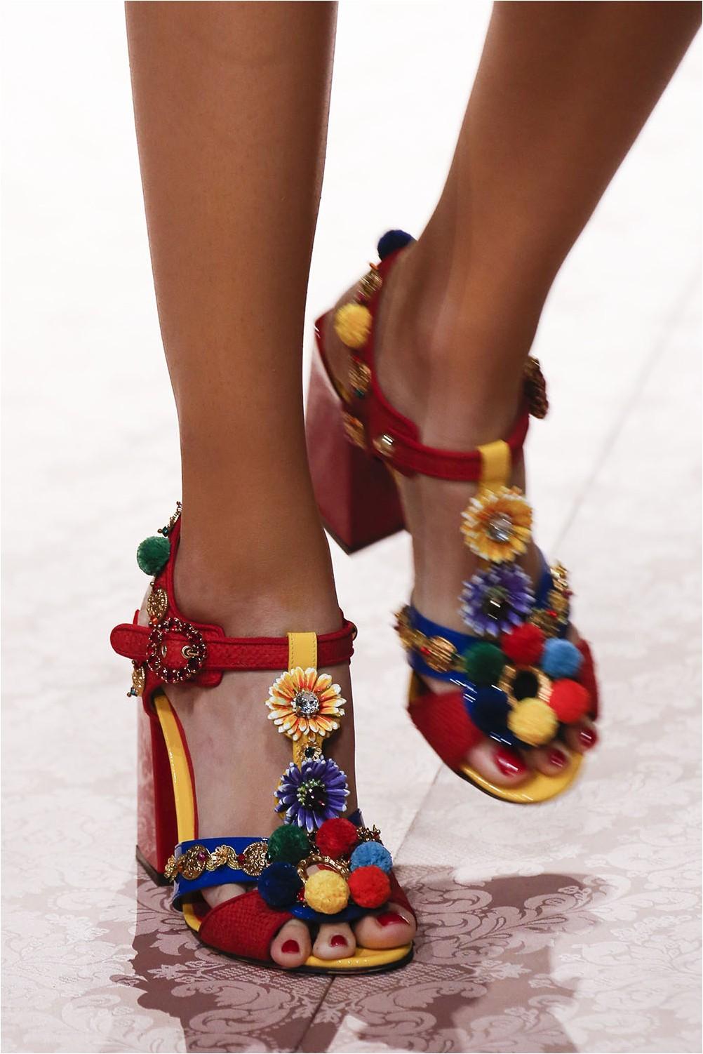 Bright Dolce & amp; sandals Gabbana