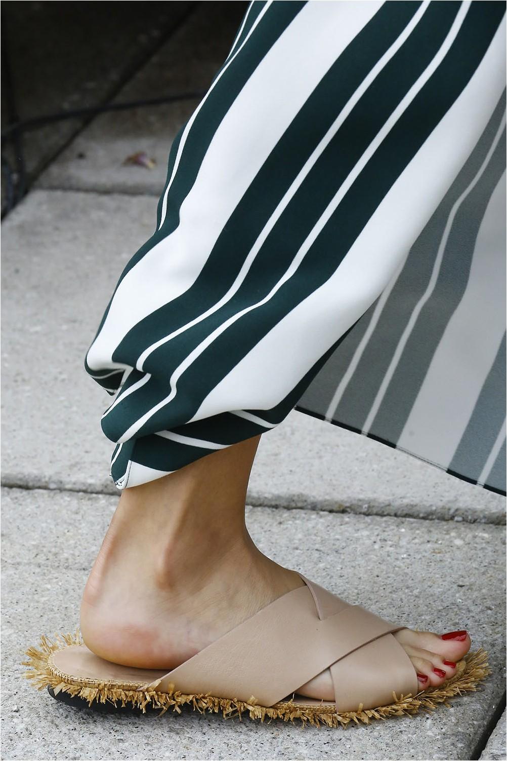 Oscar de la Renta Flat Shoes
